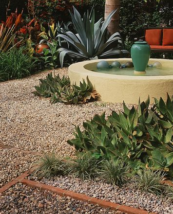 aloes and agaves: Dreams Exteriors Ideas, Oil Jars, Water Element, Bauer Oil, Fountain Ideas