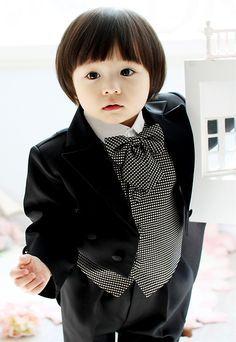 Recipon William Leo Born 7 September 2008 Is An Korean Child Model And Actor