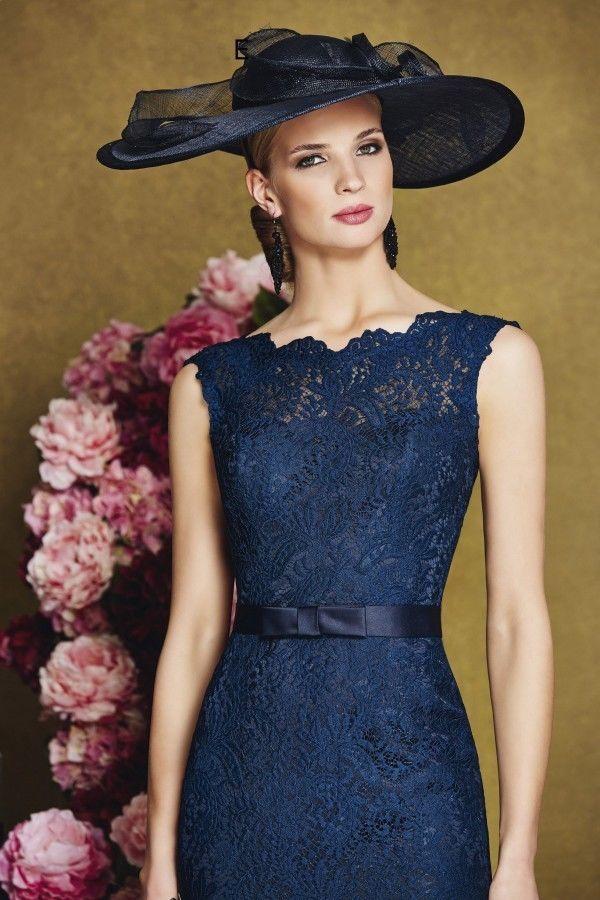 Navy Sleeveless Lace Mother Of The Bride Dress Knee Length Sheath