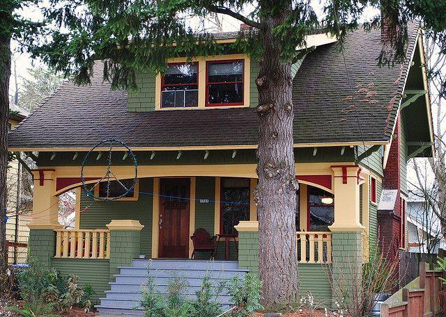 17 best images about craftsman bungalow exterior on for Bungalow exterior paint colors