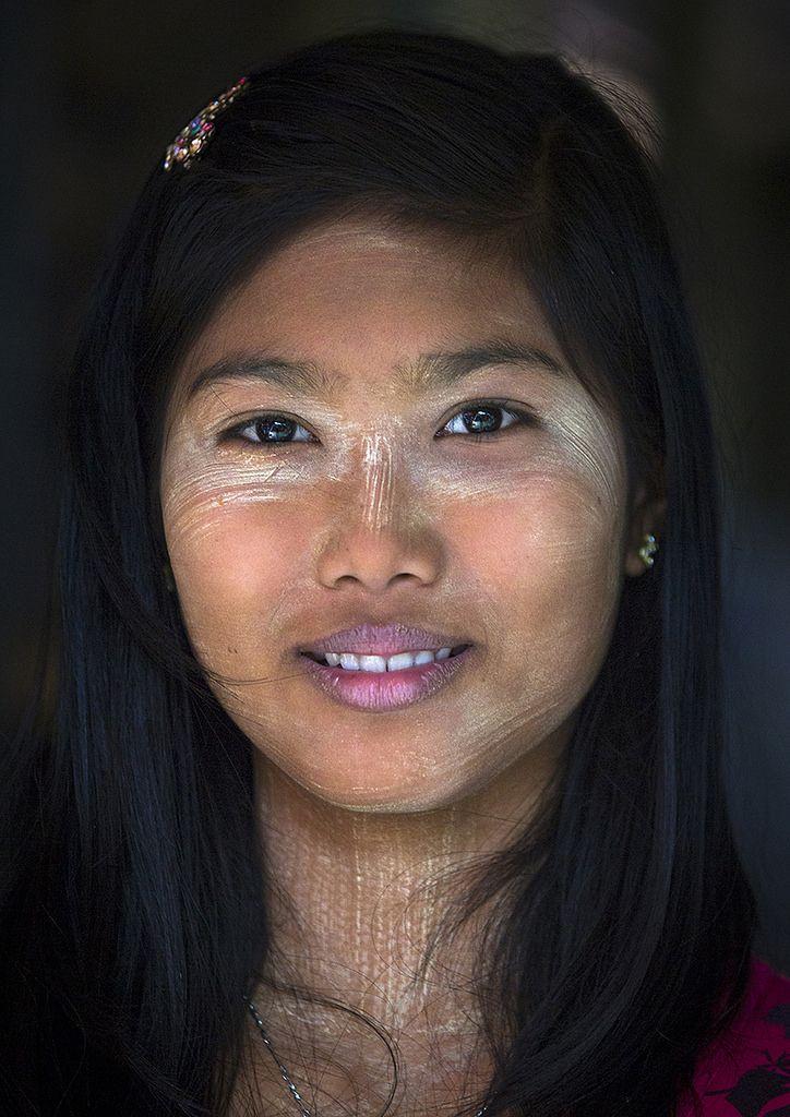 Burmese Woman, Ngapali, Myanmar