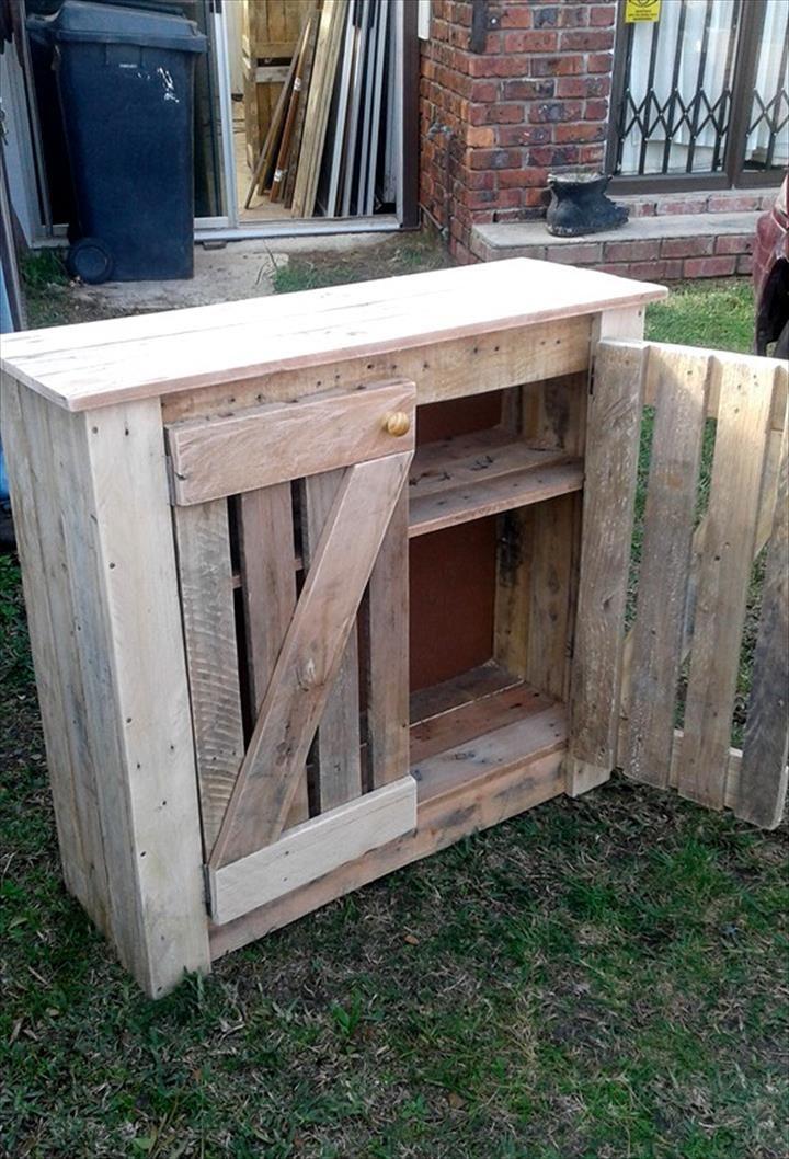 Pallet Cabinet for Storage - 101 Pallet Ideas