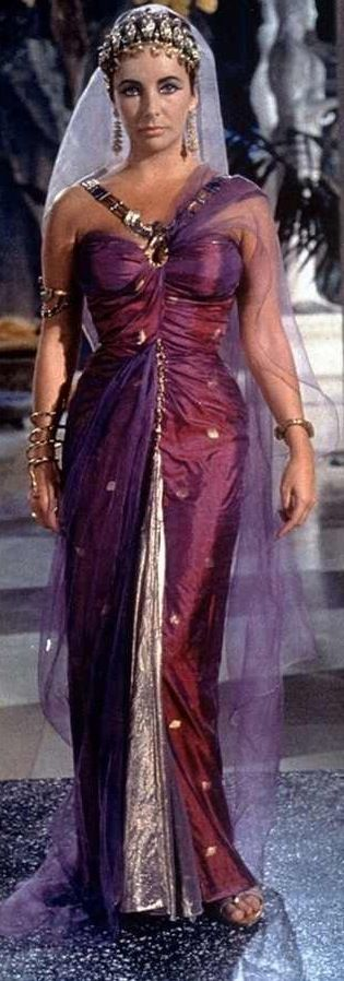 Elizabeth Taylor in 'Cleopatra' (1963). If I could I would be this for Halloween