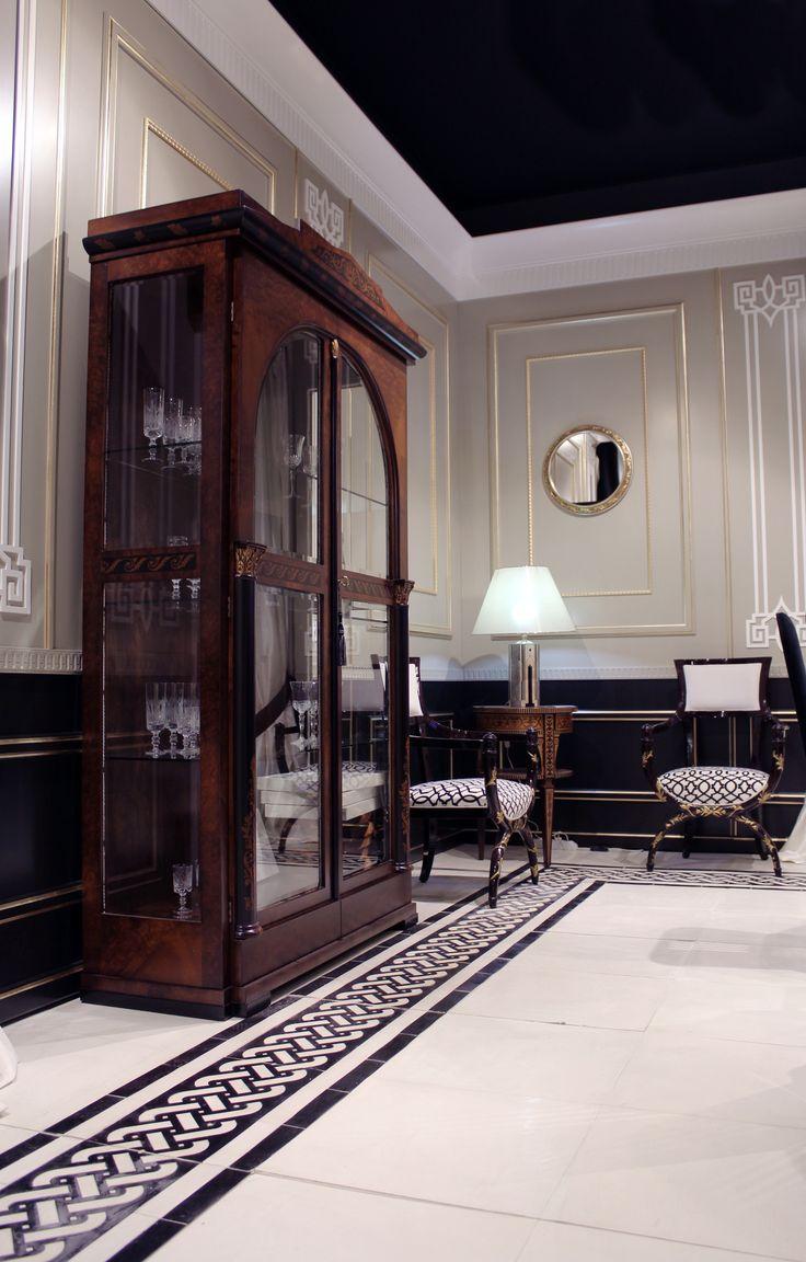Cabinet Empire in Myrtle with inlayes in ebony Measures 140x45x220h   Vetrina stile impero in radica di mirto con inserti in ebano; misure 140x45x220h