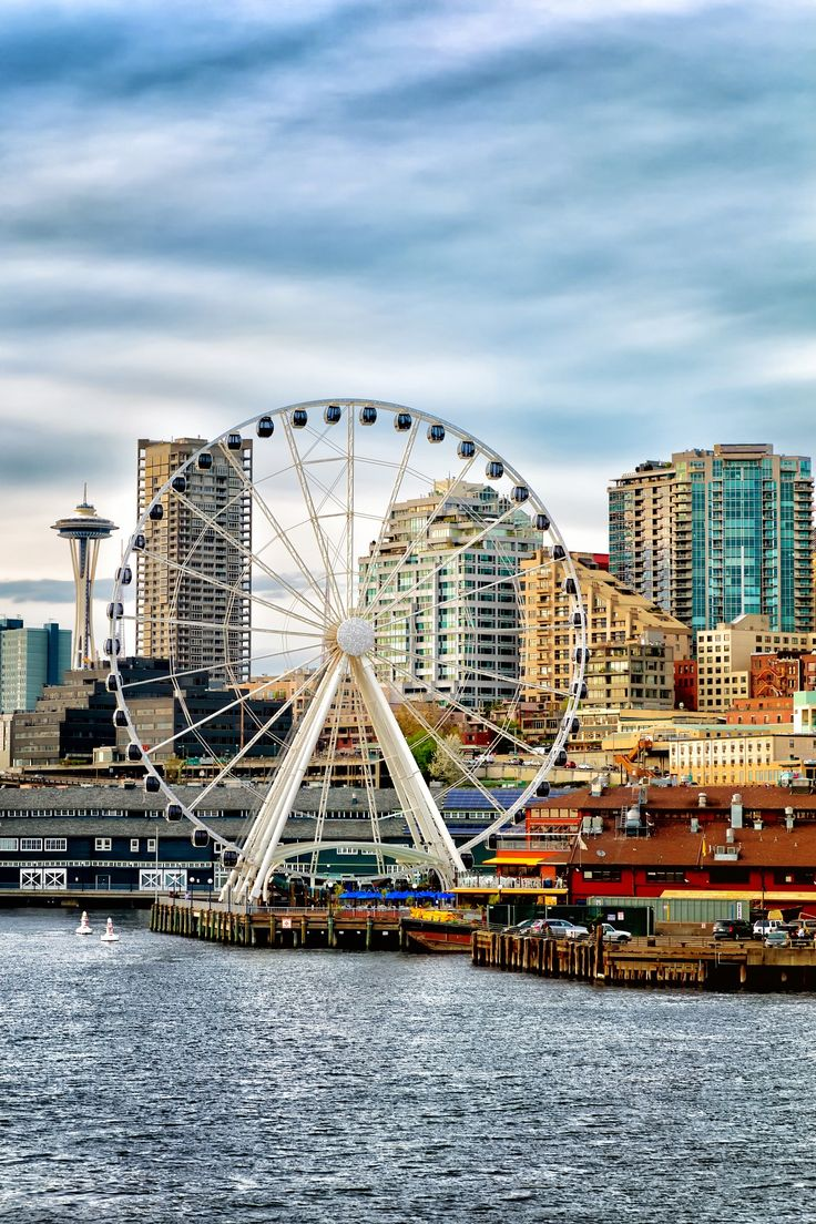 Definitely make the Seattle Waterfront your first stop on a visit to Seattle. The bustling waterfront not only holds gift shops, candy store, sidewalk T-shirt vendors, and restaurants of all kinds, it's also is the spot for some of city's top attractions!