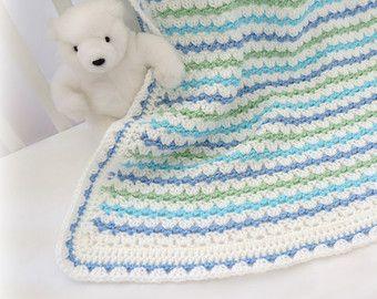 17 meilleures id es propos de couvertures au crochet paisse sur pinterest crochet pais. Black Bedroom Furniture Sets. Home Design Ideas
