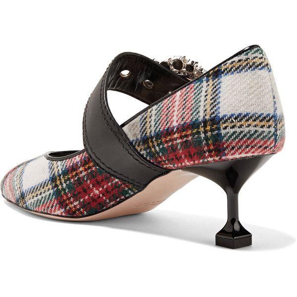 Miu Miu Embellished tartan tweed pumps ($925) ❤ liked on Polyvore featuring shoes, pumps, miu miu pumps, multi color pumps, colorful shoes, multi coloured shoes and miu miu shoes