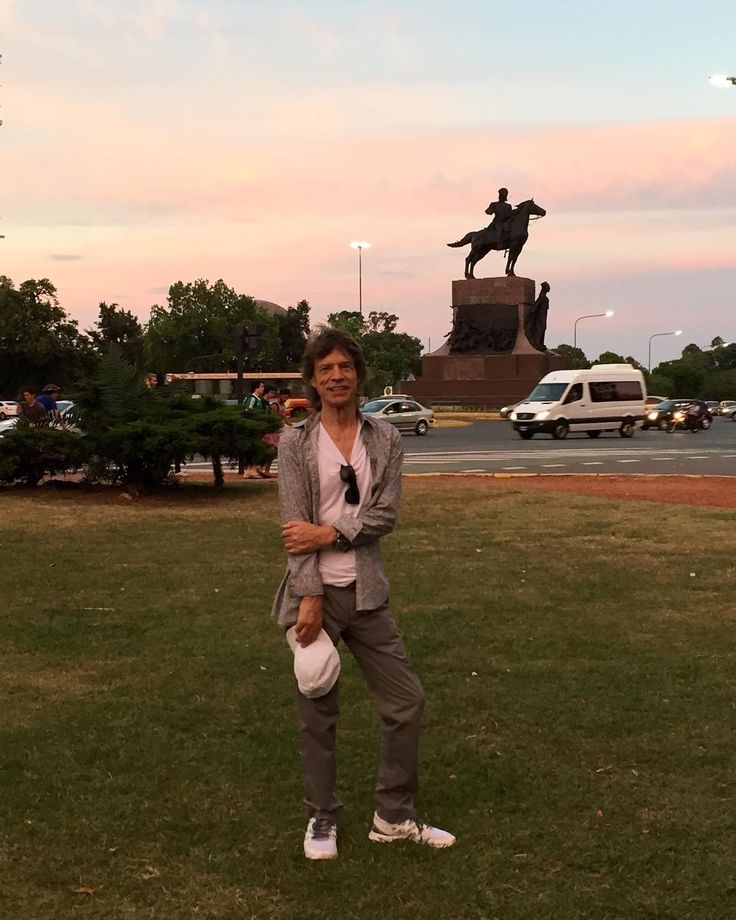 Great to be back in Buenos Aires. Had a lovely walk in the park today. See you all at the show at La Plata on Sunday! #StonesArgentina by mickjagger