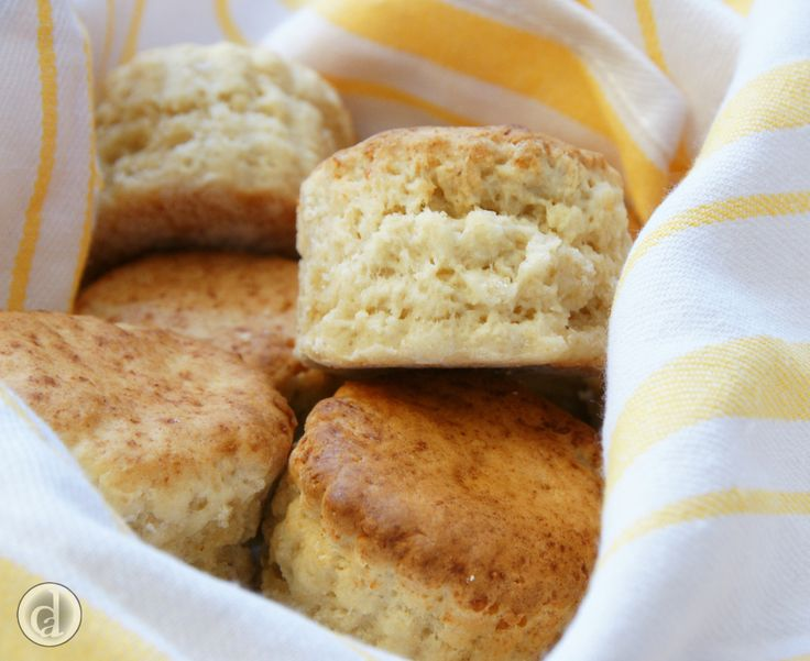 Cheesy gluten free scones, great straight out of the oven with a hearty soup.