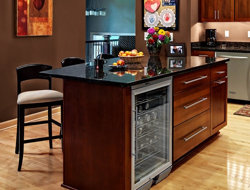 kitchen cabinets rockford door style cliqstudios contemporary kitchen