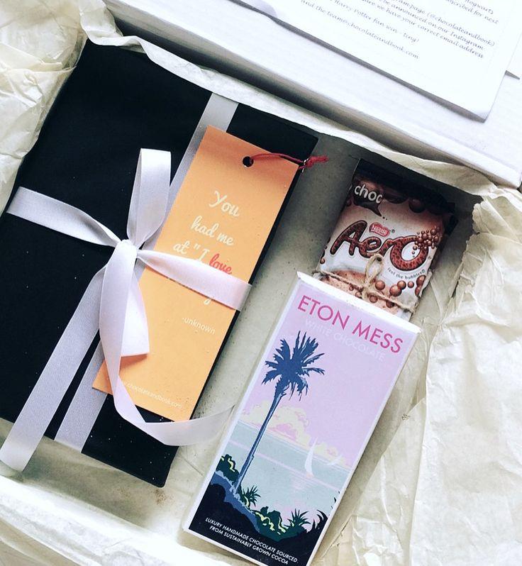 My first box of Books & Chocolate subscription!! It couldnt have come more fitting! [SWIPE TO SEE THE BOOK] @chocolateandbook . ιтѕ тιмє тσ ιтн тнє ωιитєя ωєαтнєя ѕρяιиg ρнσтσѕ αяє нєяє! . . Tagged by @bookish_heights to do The #bookstagrammerlistens [ 10 Songs Ive Been Loving Recently ]  ᴀɴᴏᴛʜᴇʀ ᴄʜᴀᴘᴛᴇʀ - TryHardNinja ᴍɪɴᴅ ʙʀᴀɴᴅ - Yin Yang-P  ᴏᴘᴇɴ ᴜᴘ ʏᴏur eyes - CG5  ᴍᴇᴇᴛ ᴍᴇ ᴏɴ ᴛʜᴇ ʙᴀᴛᴛʟᴇғɪᴇʟᴅ - SVRCINA  ᴄᴜᴛ ᴛʜᴇ ᴄᴏʀᴅ - The Living Tombstone  ᴀʟᴍᴏsᴛ ʟɪᴋᴇ ᴘʀᴀʏɪɴɢ - Lin Manuel Miranda  ᴅᴇᴀʀ…