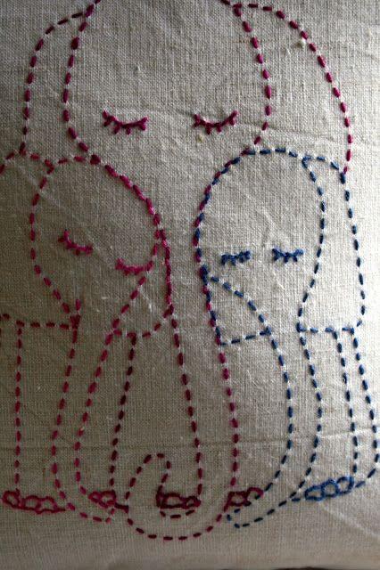 Beautiful stitching projects on this blog - Petitphant: Hand stitched pillows #elephant #stitchery #stitching #cushion