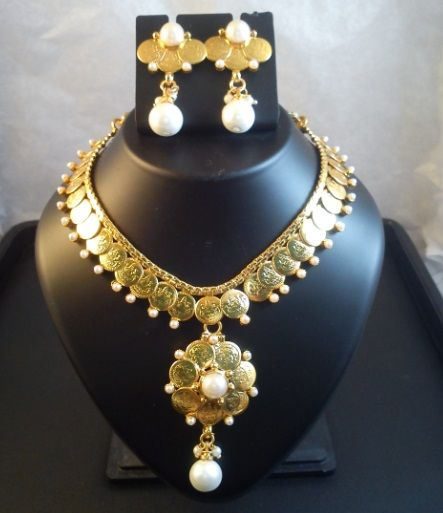 Buy Gold Coin Necklace Designs For WOMEN at Rs. 425.00 only..visit here- http://shwetajewelry.com/product/gold-coin-necklace-designs/