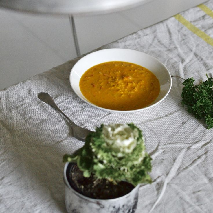 Paras linssikeitto maistuu myös lihansyöjille ja on maukkaudessaan kasvisruokien…