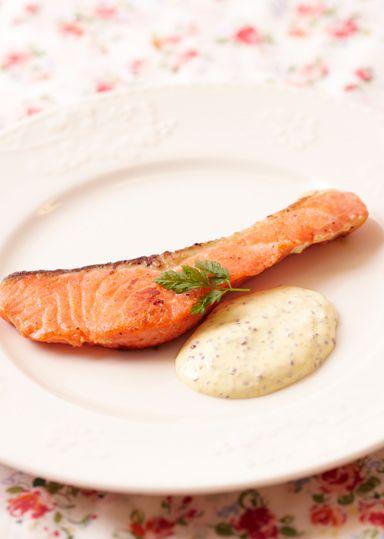 鮭のムニエル~マスタードソース~ のレシピ・作り方 │ABCクッキングスタジオのレシピ | 料理教室・スクールならABCクッキングスタジオ