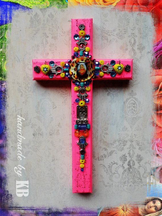 Crucifix Vierge Mary Cross mixte de mur par ktothebdotcom sur Etsy