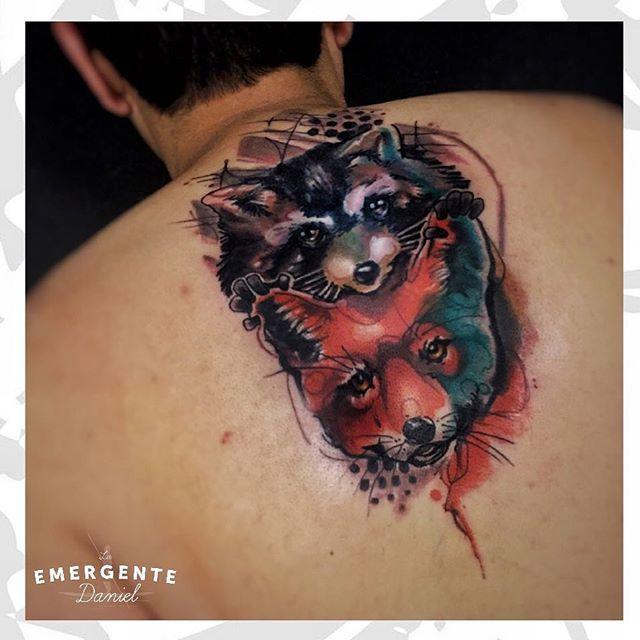 Un zorro y un mapache realizados por @danielacostaleon feliz tarde para todos. #tatuajescolombia #tatuajesbogota #laemergentecol