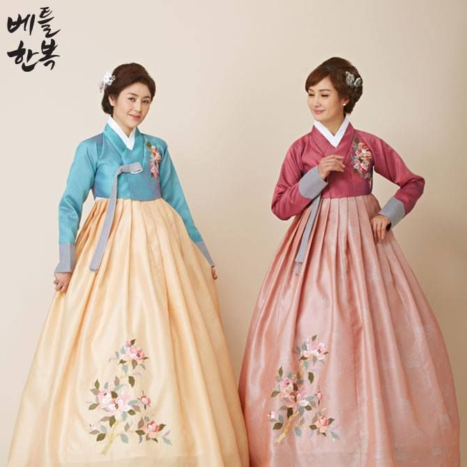 #flower , #hanbok , #mom , #mother , #color #blue #summer #red #custom #traditional #엄마 #한복 #꽃 #전통 #문화 #의상 #옷 #혼주