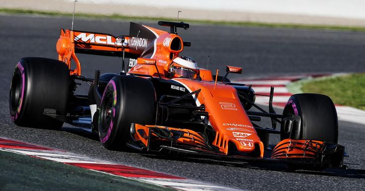 Conosciamo le grandi potenzialità delle stampanti 3D, ma le avreste mai immaginate nelle scuderie della Formula 1?  😯   Guardate cosa fa il team McLaren. #tech #3DPrint #technology #photography #amazing #internet #newsoftheday #news #bestoftheday #wearabletechnology #wearables