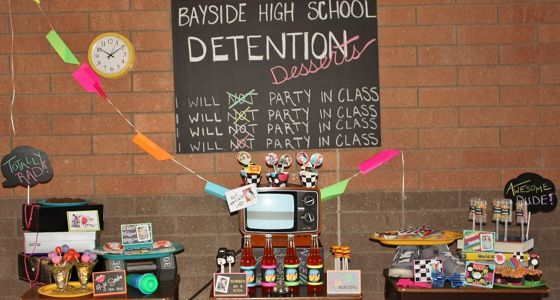 90s theme party | Bayside High School desserts and decorations
