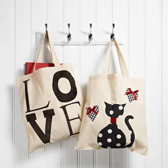 http://www.makeandcraft.com/tote-bags-craft-project/  tote bags   cat bag  love bag  decorate your own tote bag  sewing projects  fabric projects  make and craft magazine  make and craft projects