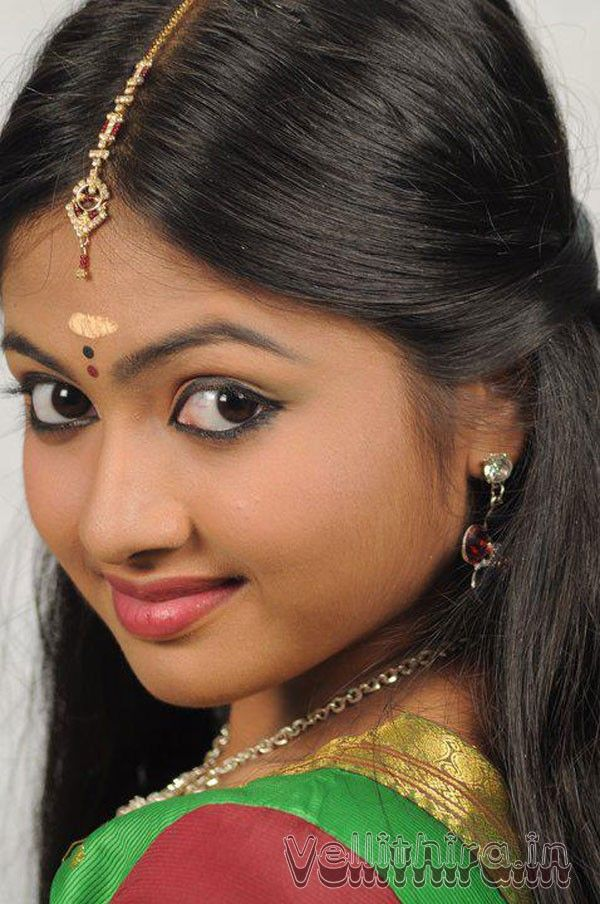 Pin on Actress lips