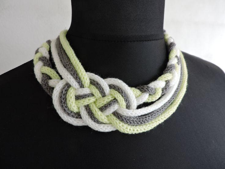 collier tricotin noeud marin gris blanc vert anis : Collier par 2-mains-crea