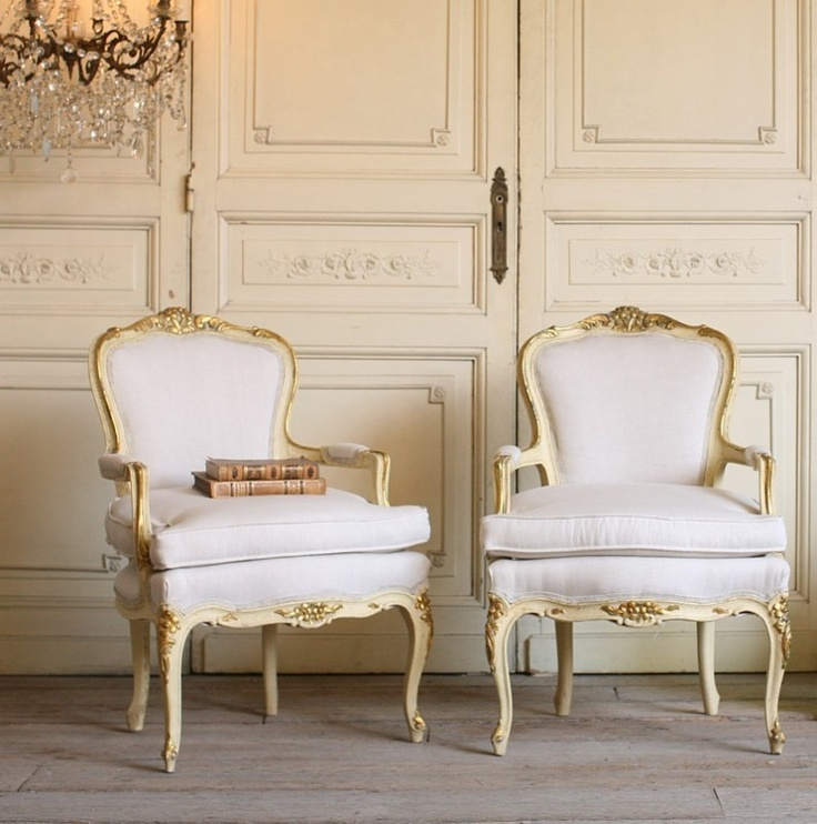 High Quality Vintage Shabby Cream Louis XV Upholstered Armchairs