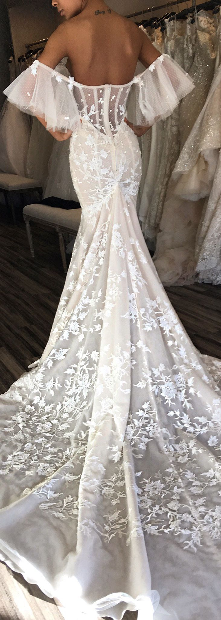 Inspiration De Votre Future Robe Mariage Photo Maleya Choisir Son Style Wedding Dresses Bertawedding Dress Pricesunique