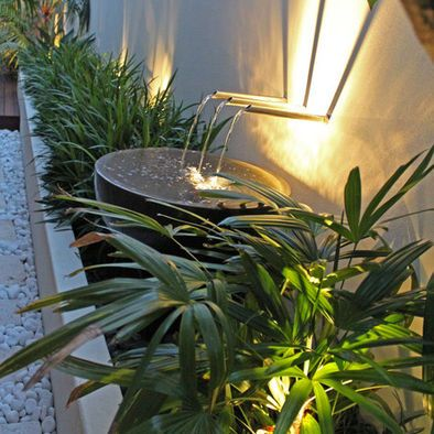 I like the lighting with this garden.