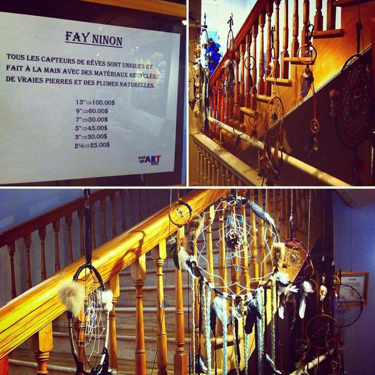 Les capteurs de rêves de Fay Ninon en ventes à La Galerie! Tous les capteurs de rêves sont uniques et fait à la main avec des matériaux recyclés, de vraies pierres et des plumes naturelles. #fayninonart #popupartmtl #lagalerie_