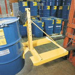Fork Mounted Drum Lifters Fork truck attachments utilize a light duty single automatic clamping mechanism for handling any size steel or plastic chimed drum. Model FMDL-850 is a knockdown unit that bolts together. Fork pockets and safety chain provide quick and easy installation. Model FMDDL-1700 attaches to the carriage of most fork trucks and walkie stackers.