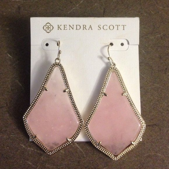 NWOT Kendra Scott Rose Quartz Alexandra Earrings Never worn, discontinued from Kendra! Will trade for Kendra black drusy Elisa necklace, Hunter boots, Kate Spade, or a partial trade for a MK Parker watch! Kendra Scott Jewelry Earrings