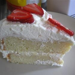 Cake tres leches (cake met drie verschilllende soorten melk) @ allrecipes.nl