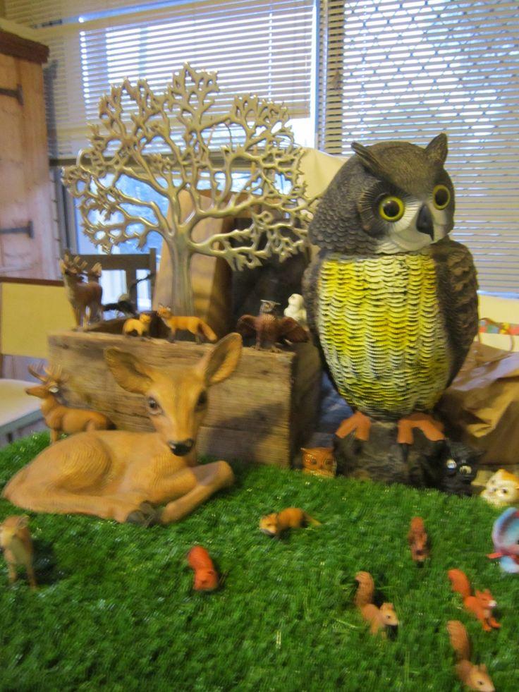 woodland birthday decorating, owl, deer, squirrel, tree