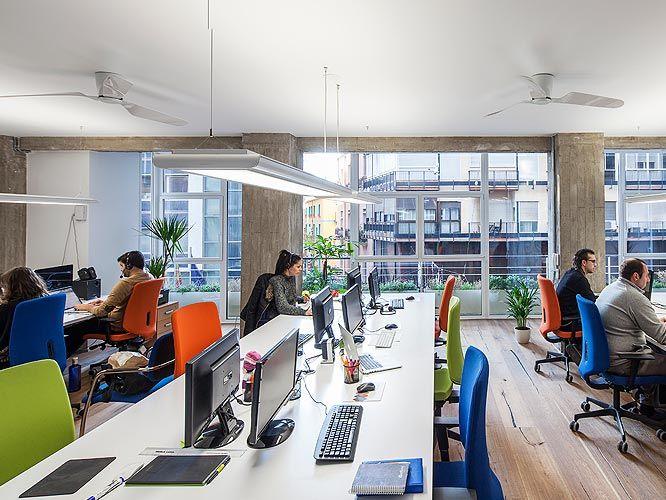 Funcionalidad, diseño y, por supuesto, ergonomía son las claves de cualquier espacio de trabajo. La comodidad y la salud, siempre en primer lugar. #EspaciosTrabajoSitback