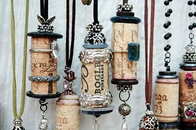 Altered cork ornies: Wine Cork Ornaments, Wine Corks Ornaments, Corks Necklaces, Fans, Art And Design, Jewelry, Corks Ideas, Corks Crafts, Christmas Ornaments