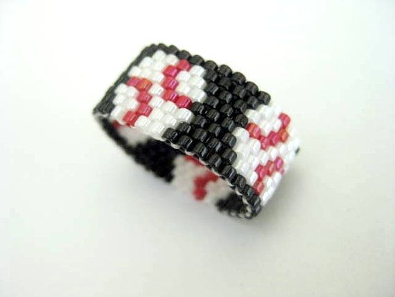 Baseball Ring / Peyote Ring / Beaded Ring / Seed by MadeByKatarina