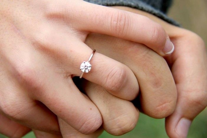 Aleigha and Jake's Marriage Proposal on The Knot's HowHeAsked.com