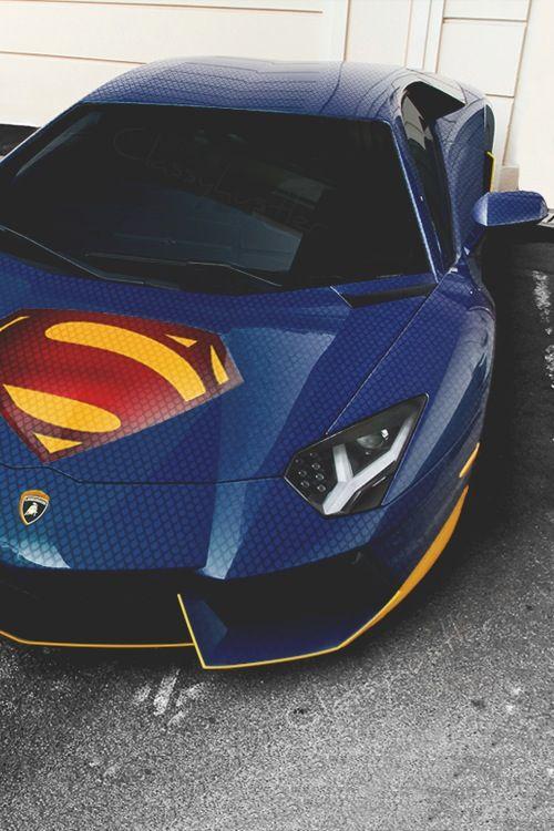 Superman car!! I WANT!!!!!!!