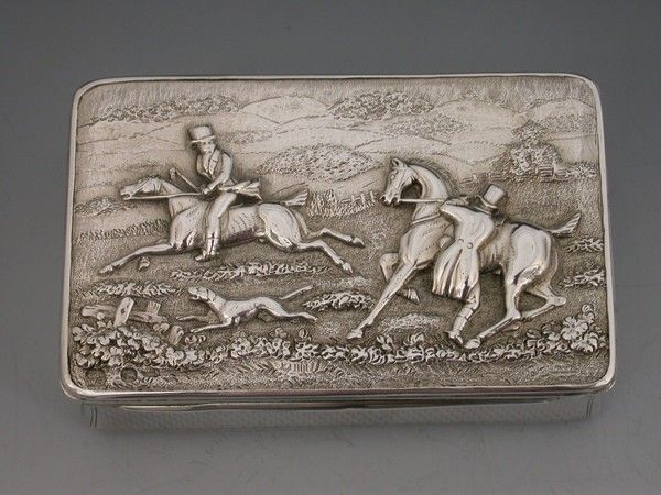 Antique Solid Silver English Snuff Box, Birmingham | History of the Snuff Box | Steppes Hill Farm Antiques | http://www.steppeshillfarmantiques.com/blog/a-history-of-the-snuff-box-2064