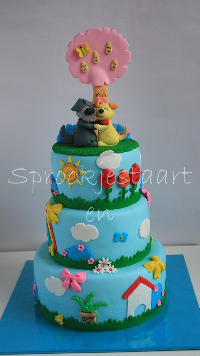 I am <3 'ing this cake! Too sweet! :)