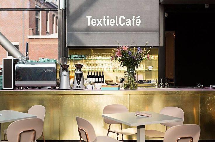 Het textielmuseum in Tilburg heeft een nieuwe café-inrichting met onze favoriete stoelen.