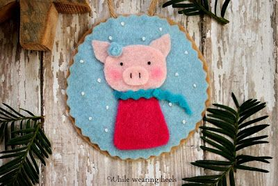 Adorable Felt Pig Ornament - plus others, includes pattern