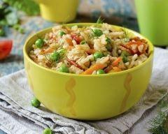 Riz pilaf au poulet, carottes et petits pois vite fait (facile, rapide) - Une recette CuisineAZ