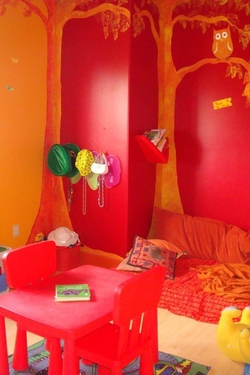 Check out our cute orange kids rooms. Take an additional 10% with coupon Pin60 at www.CreativeBabyBedding.com