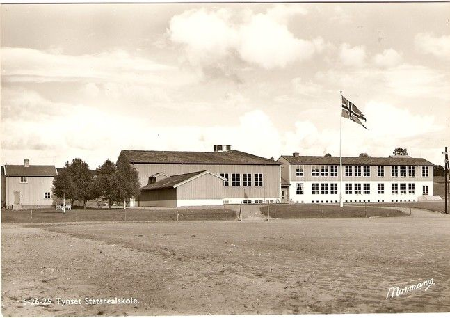 Tynset statsrealskole - foto Normann