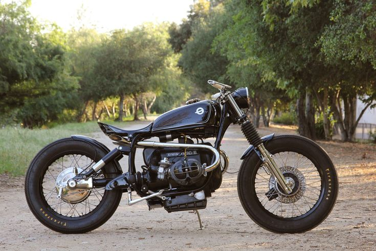 The BMW R90/6 was introduced in 1974 alongside the R90S - a motorcycle that would go on to win the first ever AMA Superbike World Championship in 1976. Bot