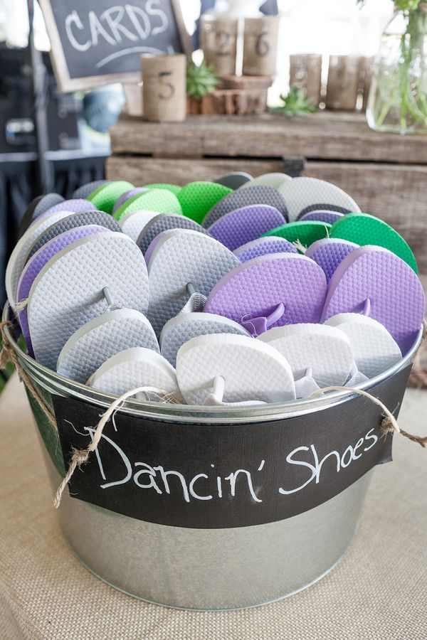 Hate going to a party when you didn't bring your dancing shoes? Not to worry, this cute and thoughtful idea is sure to please!