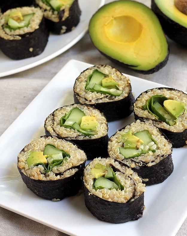 Sushi de quinua y aguacate | 29 recetas de aguacate s�per f�ciles